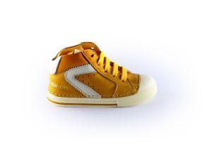 Ocra sneaker C626 Oker geel wit.